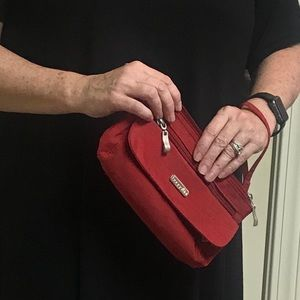 Red Baggallini wristlet, crossbody, Fanny pack.
